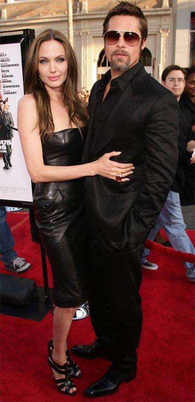 Brad_Pitt_And_Angelina_Jolie_Hot_Pics.jpg