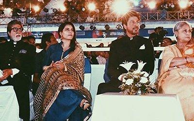 Amitabh_Kajol_SRK_Kajol_Jaya_Bachchan.jpg
