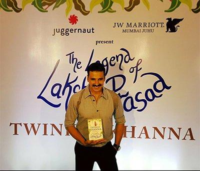 akshay_kumar_at_book_launch_of_twinkle_khanna_.jpg