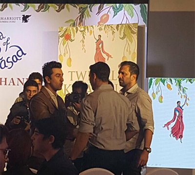akshay_kumar_and_ranbhir_kapoor_at_book_launch_of_twinkle_khanna_.jpg
