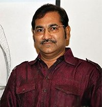 sudesh_bhosle_playback_singer_kaabil.jpg