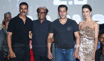 Rajinikanth_Amy_Jackson_Akshay_Kumar_And_Salman_Khan_At_Robot_2_Trailer_Launch.jpg