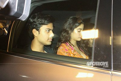Jhanvi Kapoor with rumoured boyfriend Shikhar at Dear Zindagi Screening