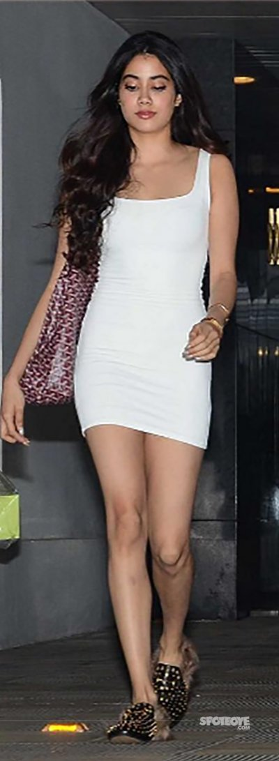 jhanvi spooted looking beautiful in white