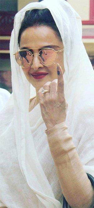 rekha goes to vote