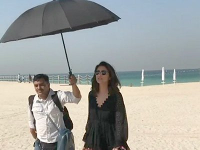 parineeti chopras spot holding the umbrella