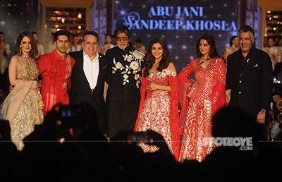 amitabh bachchan varun dhawan sussanne khan alia bhatt and sonali bendre at abu jani sandeep khosla fashion show for cpaa