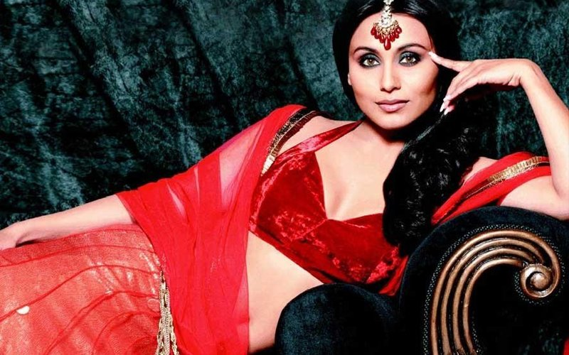 Rani Mukerji Returns To The Spotlight With A Facebook Live Chat On Her Birthday