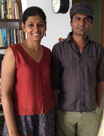 nawazuddin and nandita das pose for the camera