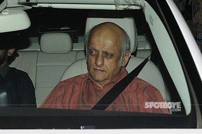 mukesh bhatt spotted at phillauri screening