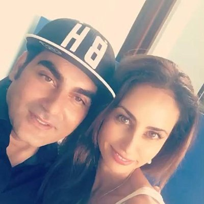 arbaaz khan with yellow mehra holidaying in goa