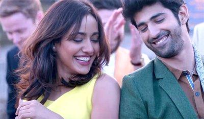 Movie_Review_Tum_Bin 2_neha_sharma_from_the_song_tum_bin_2.jpg