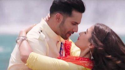 alia bhatt and varun dhawan ina a still from badrinath ki dulhania movie