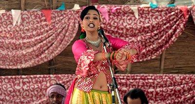 swara bhaskar in a still from anaarkali of awara movie review