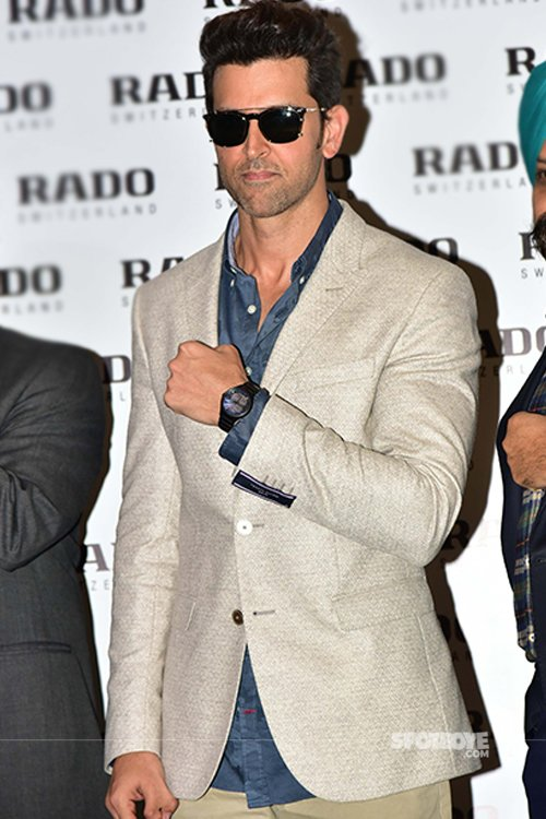 Hrithik_roshan_sporting_the_new_Rado_watch_at_the_Rado_new_watch_launch_event_in_New_Delhi.jpg