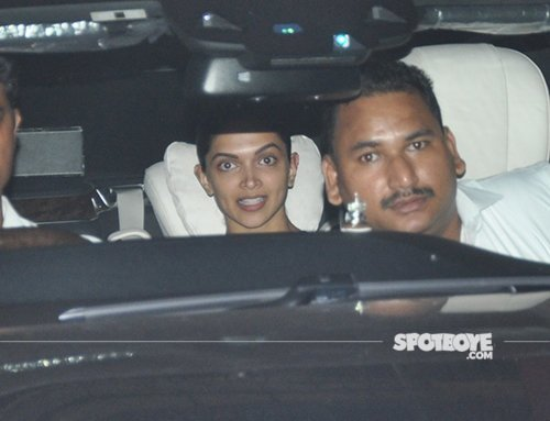 Deepika_padukone_spotted_with_a_friend_at_a_doctor's_clinic.jpg