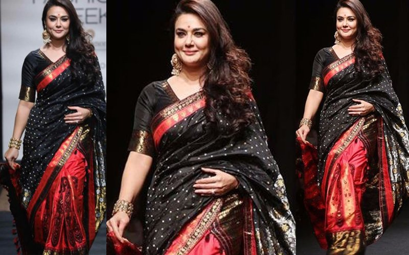 LFW 2017 Day 2: Preity Zinta Stuns In A Saree!