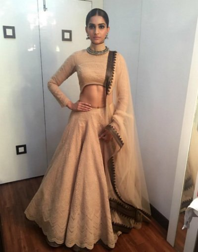 sonam kapoor in a lehenga by shantanu and nikhil