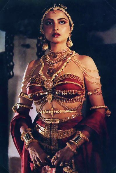 rekha s look from utsav