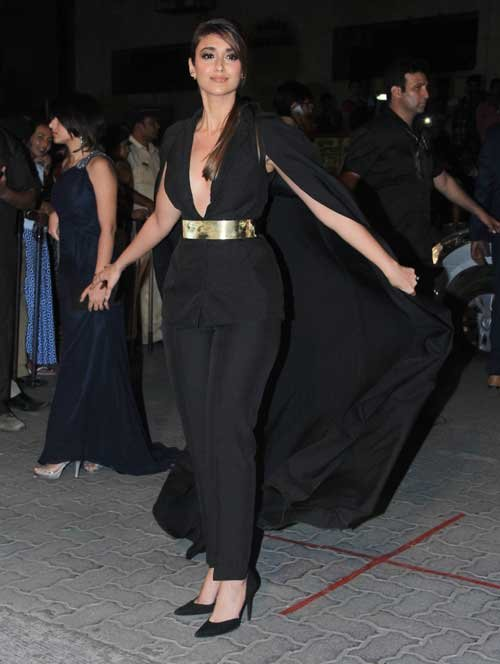 ileana dcruz in nikhil thampi look at filmfare 2015