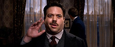 Dan_Fogler_as_Jacob_Kowalski_in_A_still_from_Fantastic_Beasts_And_Where_To_Find_Them.jpg