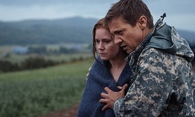 Amy Adams and Jeremy Renner in a still from Arrival