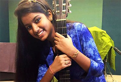 fatwa issued against indian idol girl afrin nahid
