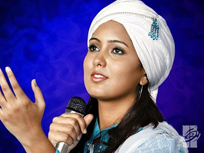 singer harshdeep kaur during a performance
