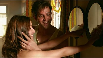 yami and gautam in kuch din kaabil song