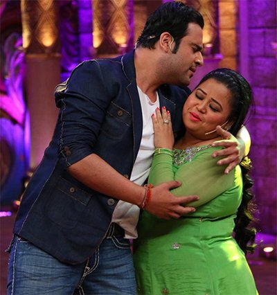 Krushna Abhishek and Bharti Singh On Comedy Nights.jpg