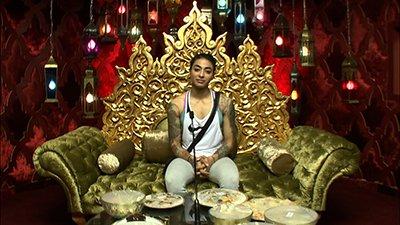 vj_bani_in_confession_room_bigg_boss_10.jpg