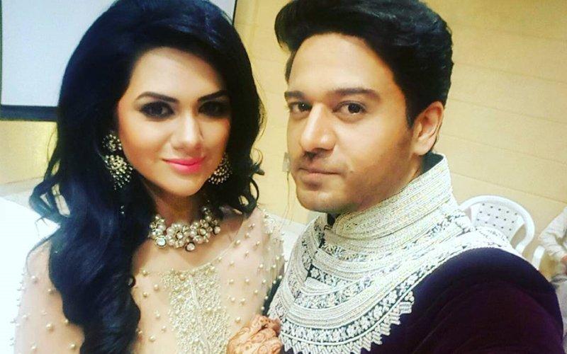 Tere Bin Actor Gaurav Khanna Ties The Knot With Swaragini Actress Akanksha Chamola