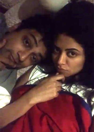Kavita Kaushik and Ronnit Biswas seem to have taken their relationship