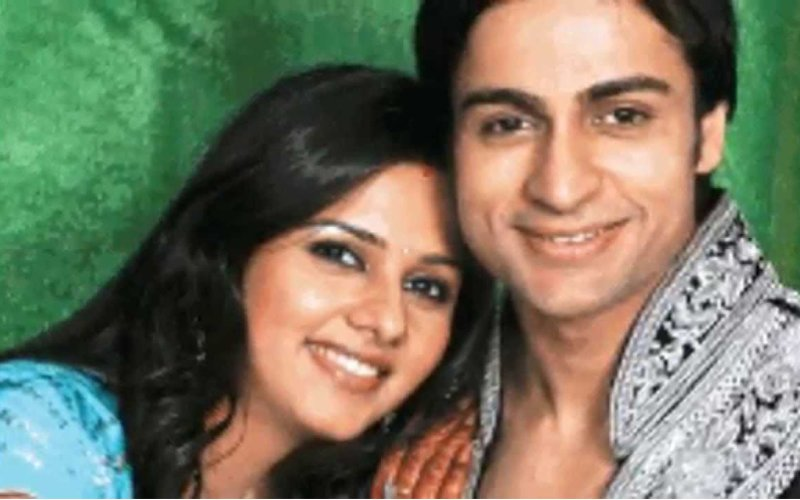 Daljeet Kaur Gets Nostalgic On Her Last Wedding Anniversary With Shaleen