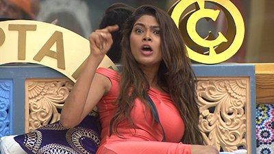 बिग बॉस 10 एपिसोड रिव्यू : लोपामुद्रा की कैप्टेंसी के पहले दिन स्वामी ओम और प्रियंका जग्गा ने मचाया बवाल !