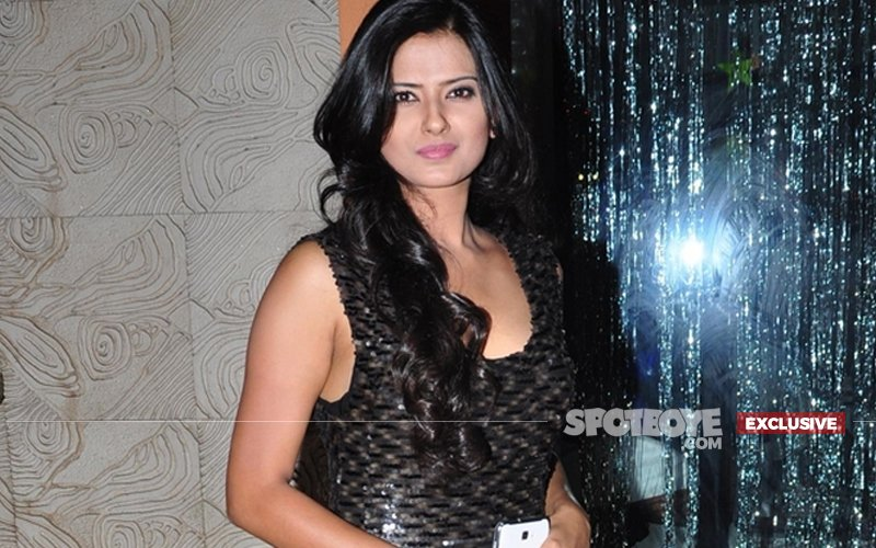 Details Why She Put Her Foot Down, Kratika Sengar: I Didn't Shoot The Consummation Scene With Ssharad Malhotra, It Was Very Intimate