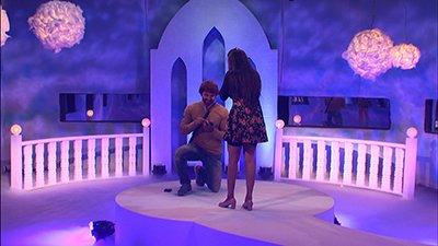 vikrant proposes mona