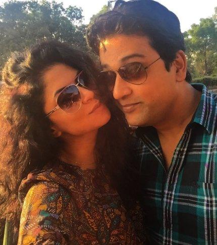 kavita kaushik and ronnit biswas