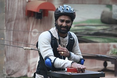 manveer gurjar in the finalist task bigg boss 10