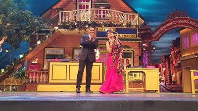 akshay and huma on kapil sharma show