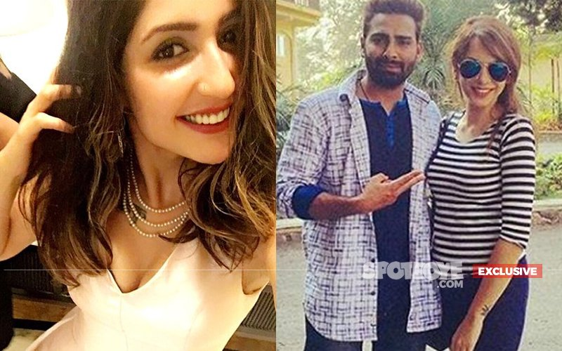 Manveer's 'Lover' Nitibha To Move In With Yuvraj's Sis-In-Law Akanksha