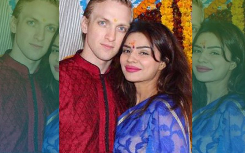 Aashka Goradia To Wed American Fiance In India This December