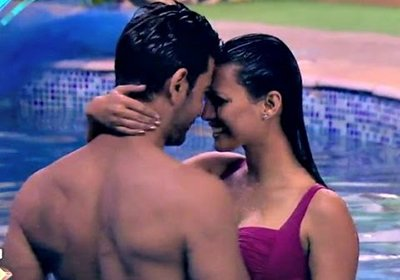 rochelle and keith in a pool