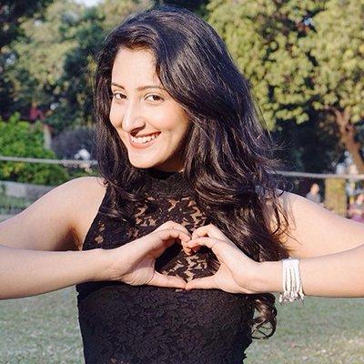 shivya pathani hot pics