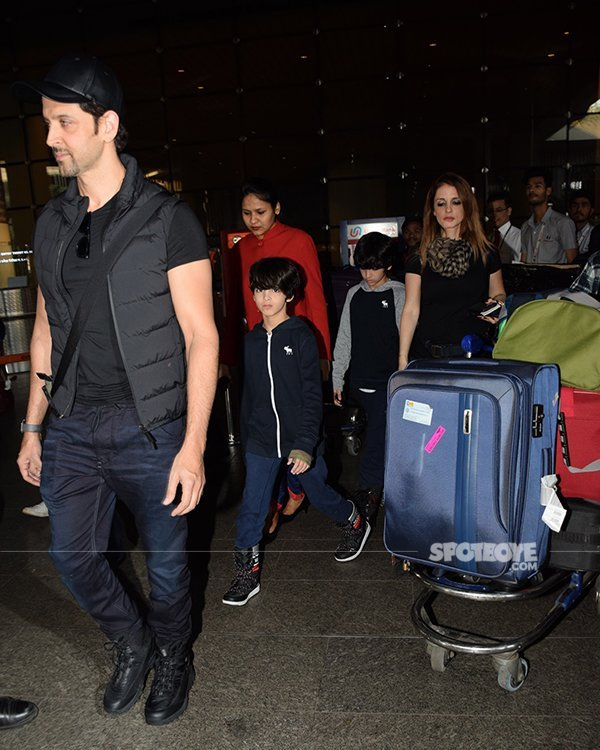 hrithik roshan and sussanne khan returning from their year end break