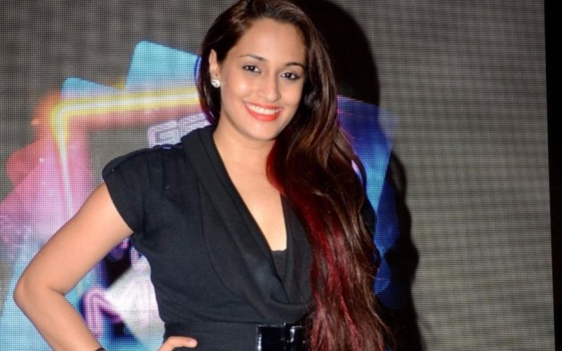 Singer-actress Shweta Pandit ties the knot