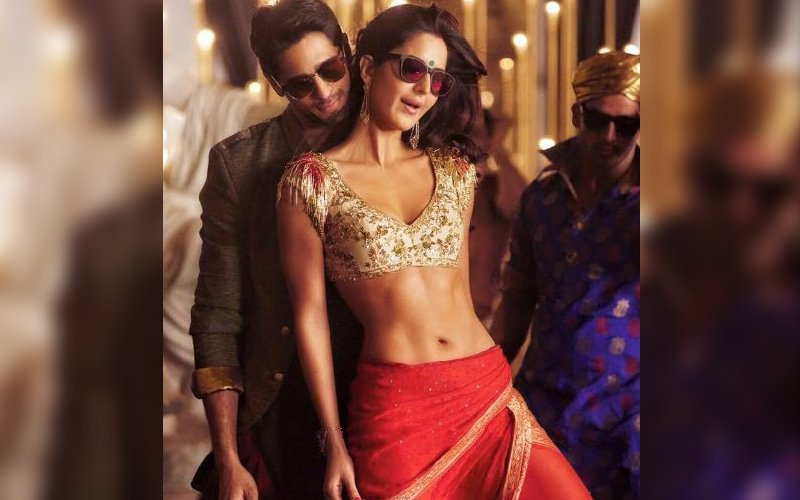 Get funky with Sidharth and Katrina in Kala Chashma