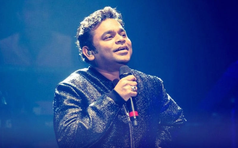 AR Rahman Changes Lyrics Mid-Concert, Sings 'Don't Worry Kerala'