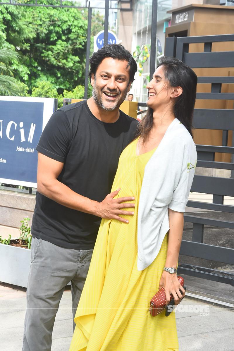 Abhishek Kapoor And His Lovely Wife Pragya Yadav