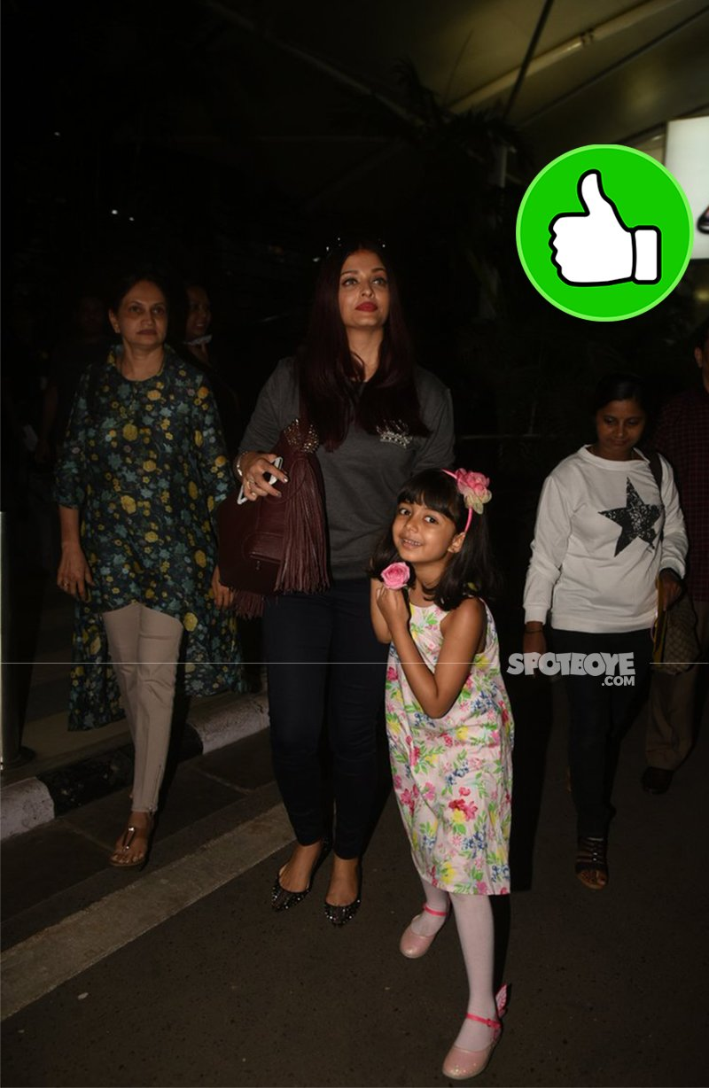Aishwarya and Aradhya at the airport